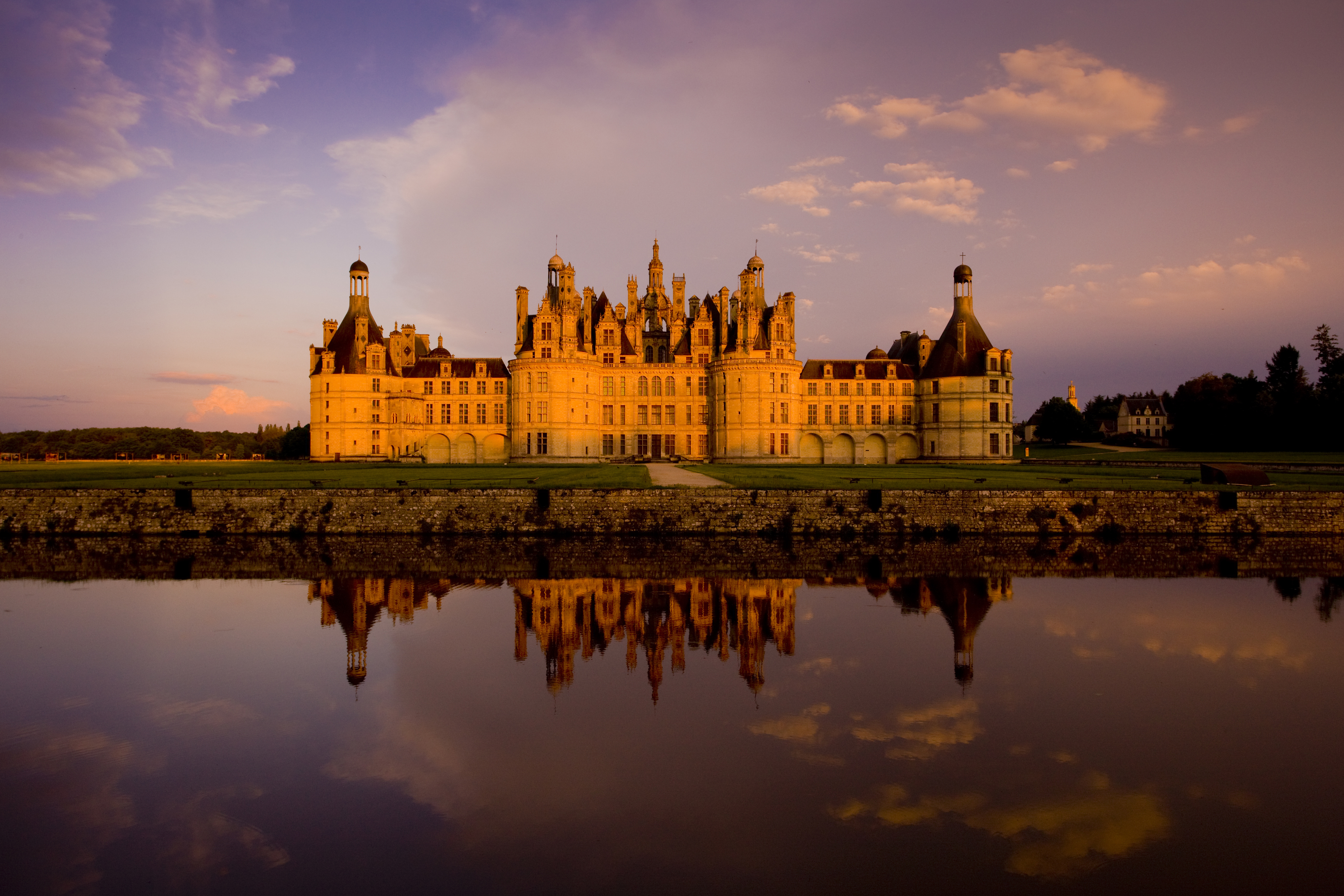 Loire Valley Wine Day Tours From Paris